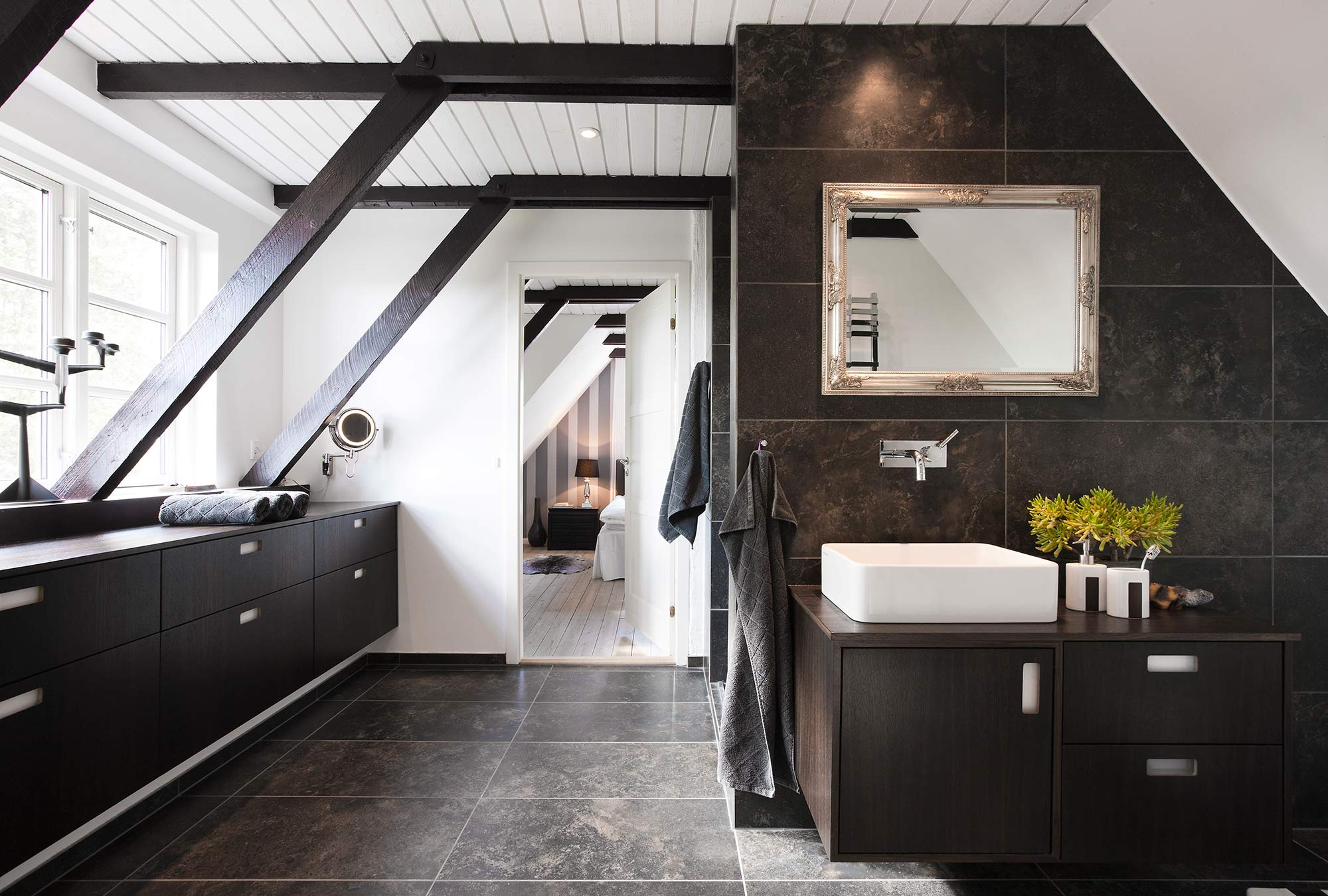 Badezimmer - Tischlerei Hageböck